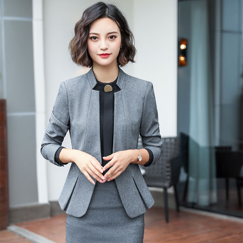 Stylish business skirt set suit Panther jacket with buttons and a pencil skirt Leopard decore Knitted from silky viscose and cotton