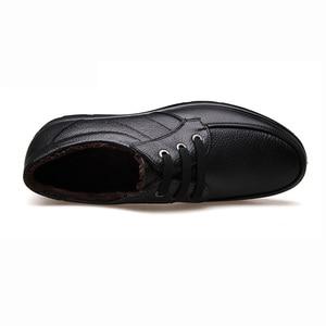 Image 2 - أحذية من الجلد الحقيقي الرجال أحذية الشتاء ماركة الأحذية أحذية دافئة أفخم حذاء كاجوال رجالي الذكور عالية الجودة جلد البقر المتسكعون KA444