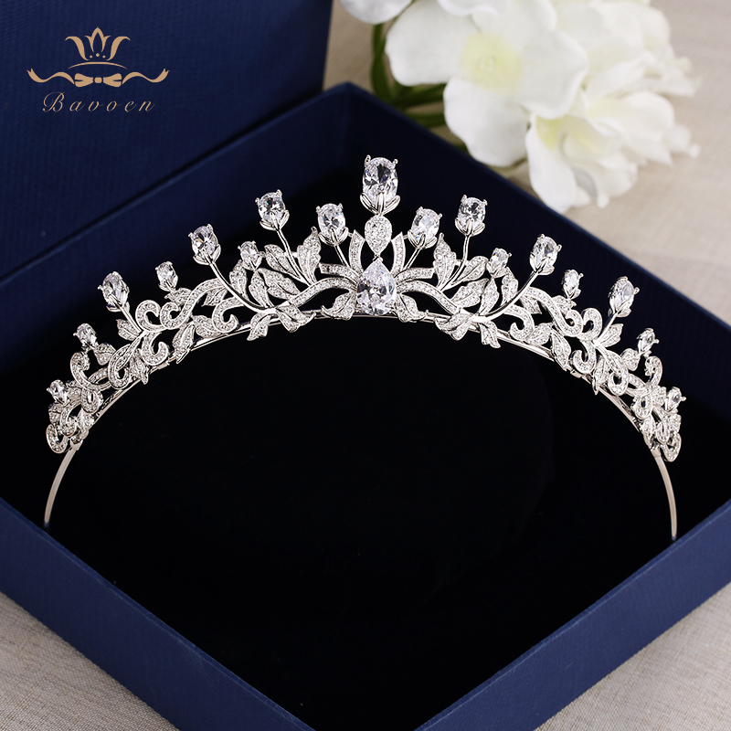 все цены на Bavoen Clear Zircon Brides Crowns Tiaras Silver Sparkling Crystal Hairbands Wedding Hair Accessories Prom Hair Jewelry Gift онлайн