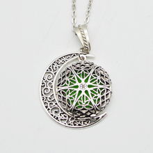 Round Fligree Locket With Moon Charm Pendant Essential Oil Diffuser Necklace Aromatherapy Locket Jewelry For Women Gifts