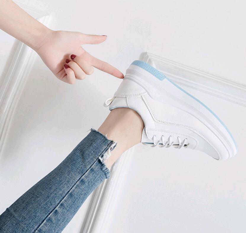 bc1a607b13ff05 À En Semelles Respirantes Femelle D'été Compensées pu Chaussures  D'exécution Noir 2019 Cours Nouveau Femmes Blanches ...