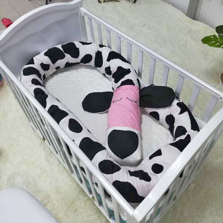 Dalmatians Handmade Baby Crib Bumper Pillow Baby Bed Bumper Best Gift for Newborn Baby Shower Present Crib Fence Guardrail