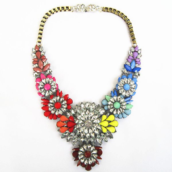New Women Bib Chunky Choker Fashion Necklace Latest Rain Drop Design Statement Necklace Colourful Crystal Necklaces & Pendants