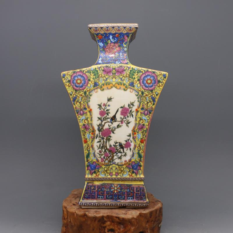 7Antique QingDynasty porcelain vase,Enamel flowers & birdsFlat bottle,Hand-painted crafts,Collection&Adornment,Free shipping7Antique QingDynasty porcelain vase,Enamel flowers & birdsFlat bottle,Hand-painted crafts,Collection&Adornment,Free shipping