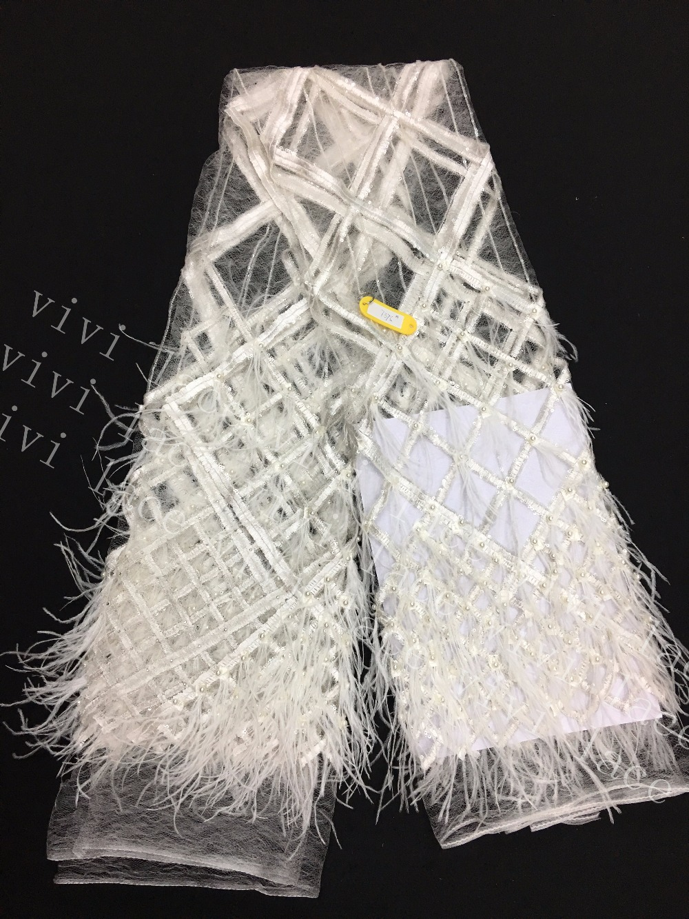 5yards tt001# furry feather offwhite/black 3d sequin mesh tulle lace fabric for wedding bridal gown/sawing/fashion show