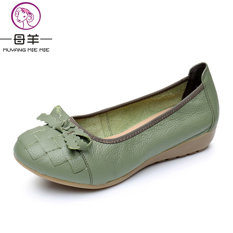 ФОТО  MUYANG MIE MIE Spring Women Flats Female Genuine Leather Single Flat Shoes Women Soft Outsole Casual Shoes Women Shoes