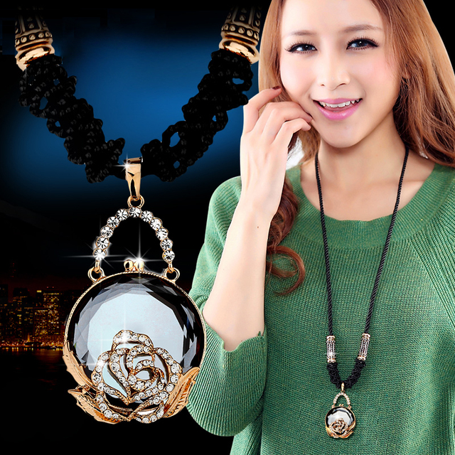 DuoTang Classic Round Gray Coffee Crystal Pendant Necklace Rhinestone Rope  Chain Sweater Necklaces Women Vintage Jewelry Gift 165e1821c458
