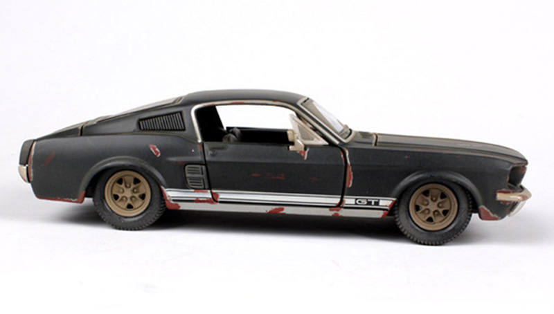 Collectible Kid Car Model Toys 1/24 Scale Old Version 1967 Mustang ...