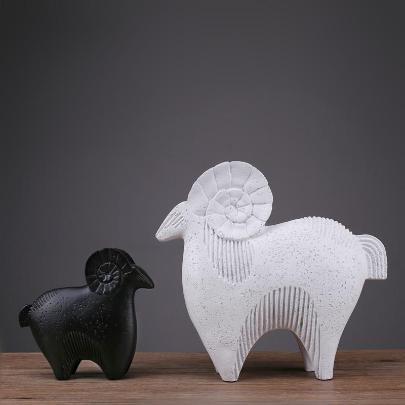 Rushed, Black, Sculpture, Art, Decoration, Fashion