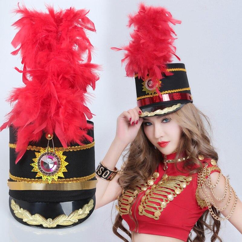 Herrlich Neue Ehrengarde Jazz Dance Hut Band Kappe Trommel Kostüm Schwarz Offizier Hut Rot Feder Hut Top Wassermelonen Bekleidung Zubehör Kopfbedeckungen Für Damen