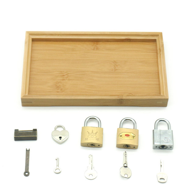 Set of Locks and Keys