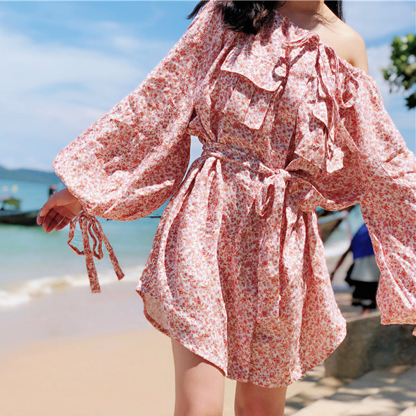 Women floral print white and pink linen radiate sunny skater shirt dress in watermelon ditsy floral with flap breast pockets