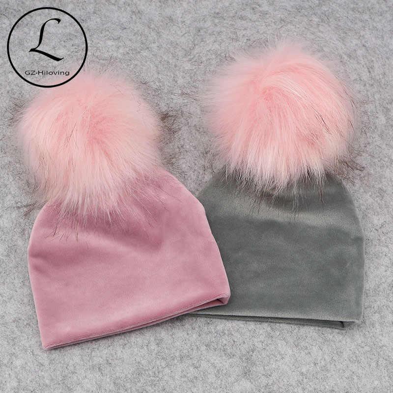 GZHilovingL ฤดูหนาวใหม่หนากำมะหยี่อบอุ่น Beanies หมวกสำหรับ Nebworn เด็ก Boys Girls นุ่มฝ้ายเด็กวัยหัดเดินทารก Faux FUR Pompom หมวก
