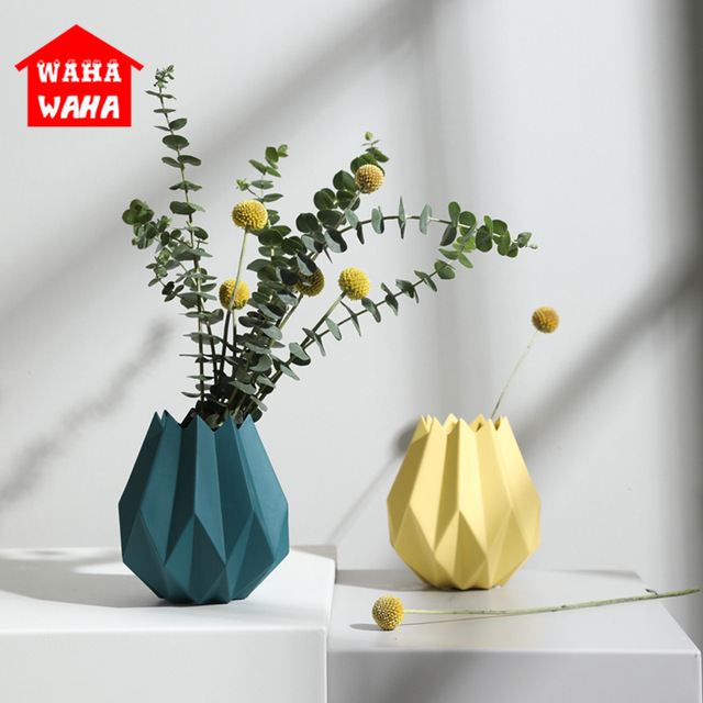 Modern Minimalist Ceramic Origami Vase Mini Vases  Flower Pot Vase Desktop Table Vase for Wedding Decor Home Decor Accessories