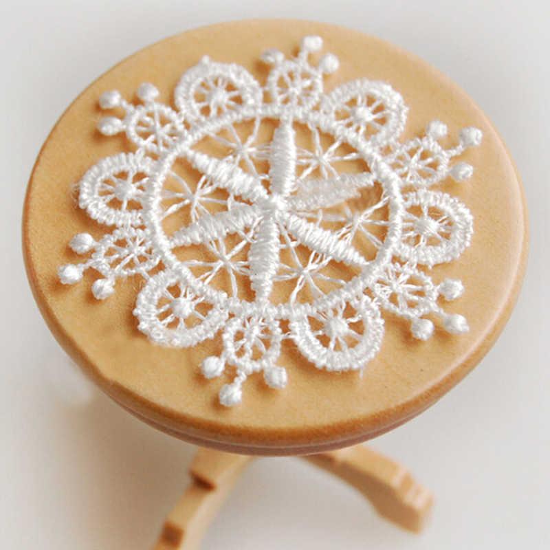 1:12 miniatury dekoracje mebli biały Knitting ustawienie stołu do domku dla lalek życie model na scenę zabawki