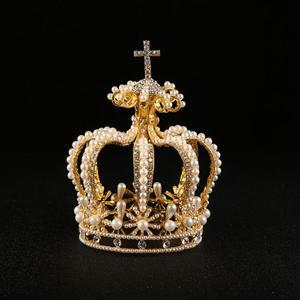 Image 5 - 高級ブライダルヘアアクセサリークロスバロックスタイルヴァンテージクリスタルパールウェディングクラウン合金ブライダルティアラバロックの女王クラウン
