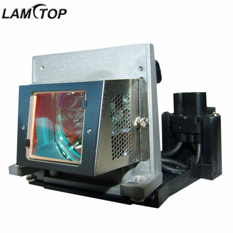 LAMTOP VLT-XD206LP replacement compatible projector lamp bulb with housing MD307X/MD307S/XD206U/SD206U/SD206 replacement lamp bulb with housing vlt xd206lp for md307x md307s xd206u sd206u sd206