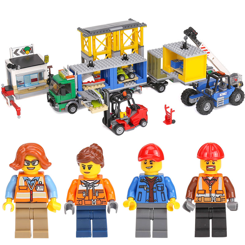 Lepin 02082 Genuine 829Pcs City Series The Cargo Terminal Set legoing 60169 Building Blocks Bricks Educational Toy As Gift Model lepin 02082 new 829pcs city series the cargo terminal set diy toys 60169 building blocks bricks children educational gifts model
