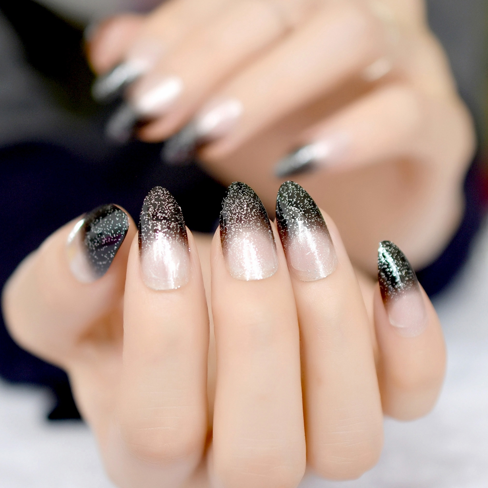 Fashion week Silver and black pointy nails for girls