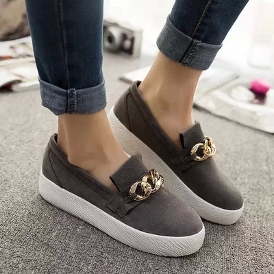 76072cce6e0 DsFine brand spring autumn Fashion women sneakers Leather Slip on Soft  soled platform shoes Trendy Casual comfortable Loafers-in Women s Flats  from Shoes on ...