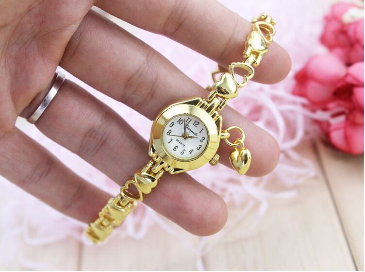 Women Watches 2016 Luxury Heart Pendant Bracelet Clock Women Wrist Fashion Ladies Dress Quartz Wristwatches Montre Femme Saat newly design dress ladies watches women leather analog clock women hour quartz wrist watch montre femme saat erkekler hot sale