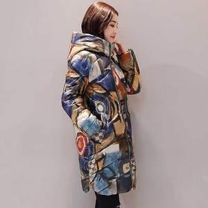 Image 2 - Jaqueta estampada de inverno plus size, casaco feminino de algodão, estampada, mais grosso, para mulheres, com capuz, parca longa, nova moda, casacos acolchoados, wz402