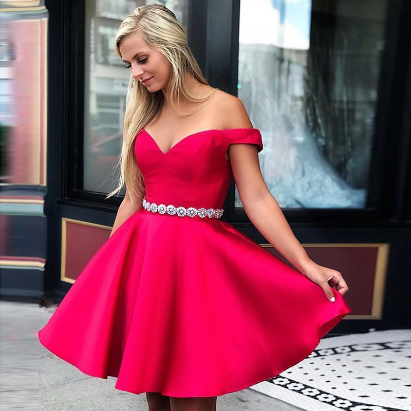 2019 New Arrival Red Short Cocktail Party Dresses Off The Shoulder Simple Party Gowns Diamond Sashes Above Knee Cocktail Dresses