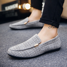 Drop Shipping Shoes Man Super Light Soft Canvas Men Casual Shoes Gingham Flats Fashion Driving Male Footwear Sneakers for Men все цены