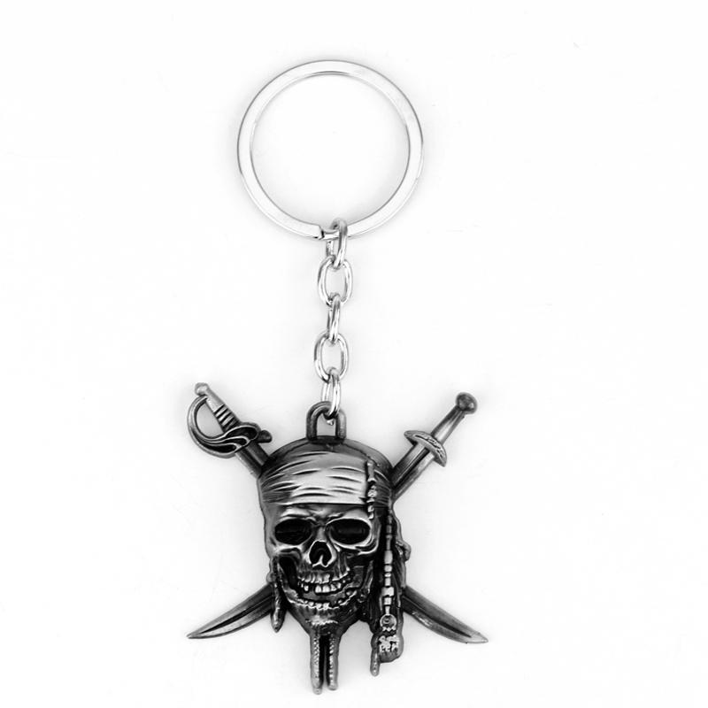 Piráti z Karibiku Série Lebka Smrt Keychain Kovový Motocykl Klíčenky Klíčenka Kroužek na suvenýry Dárkové filmové doplňky -50