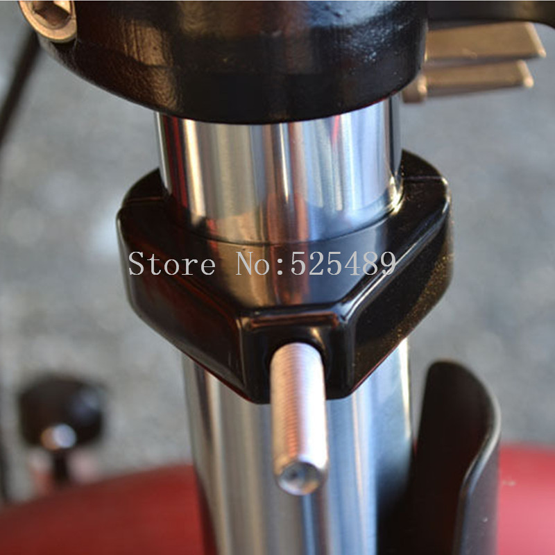 2x CNC 39mm/41mm Fork Motorcycle Turn Light Brackets Clamps For Honda Shadow Valkyrie APE50 VTX Sabre VT VF 700 750 1100 Harley
