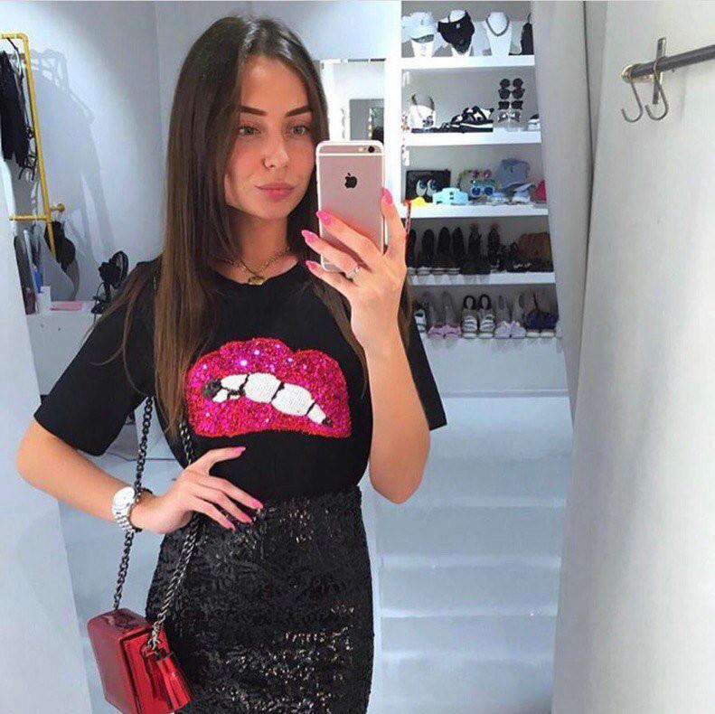 HTB1hs4QOpXXXXX.XXXXq6xXFXXXQ - New Fashion for women summer short sleeve sequin red lips tshirt