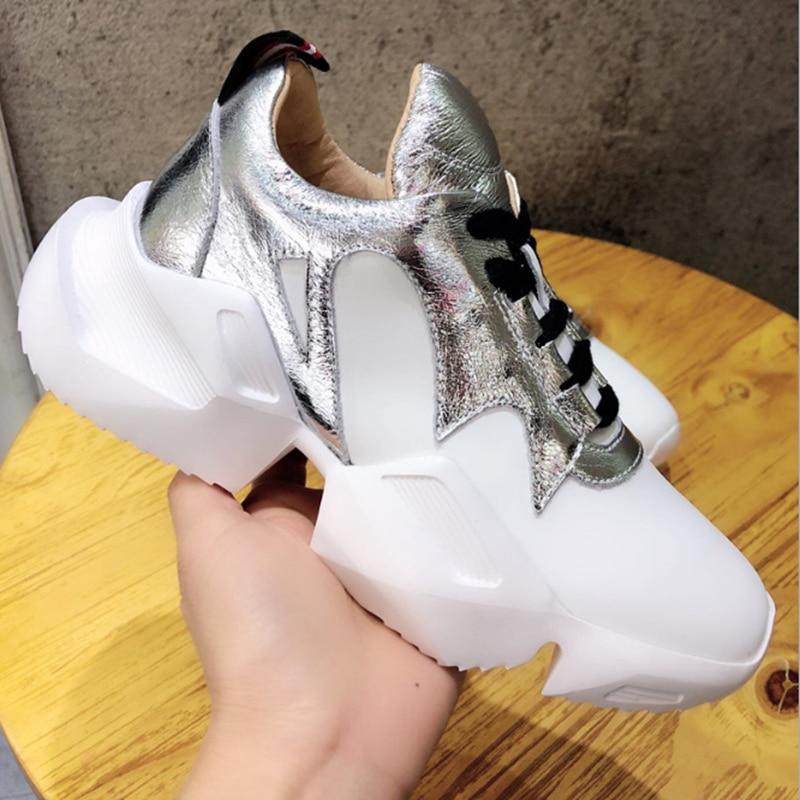 Merk luxe schoenen Casual vrouwen sneakers lente herfst hot koop Lederen witte schoenen Comfortabele zachte outdoor sport schoenen-in Damespumps van Schoenen op  Groep 1