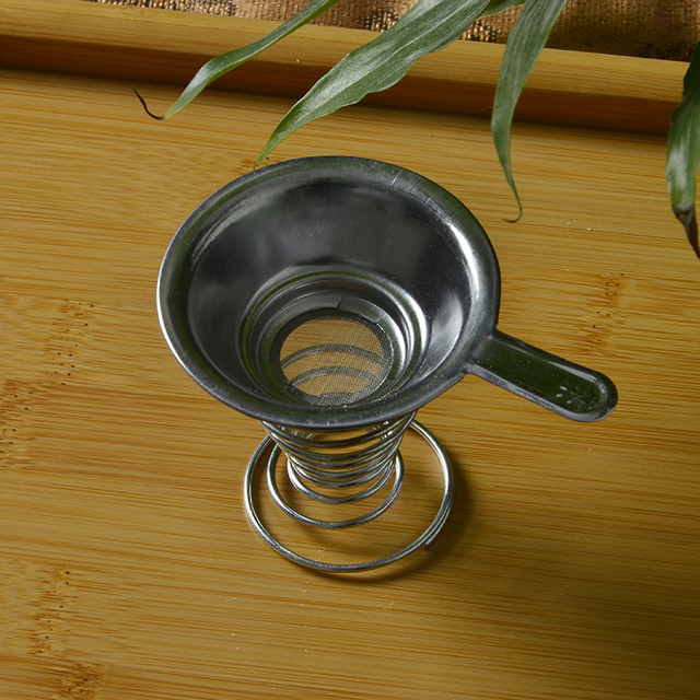 Tea Strainer with Spring