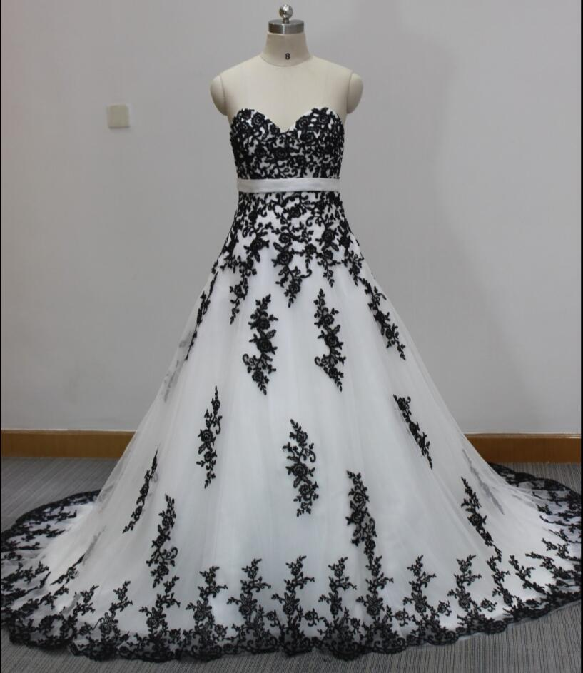 White Wedding Dress Gothic: Cecelle 2016 Real Gothic White And Black Wedding Dress