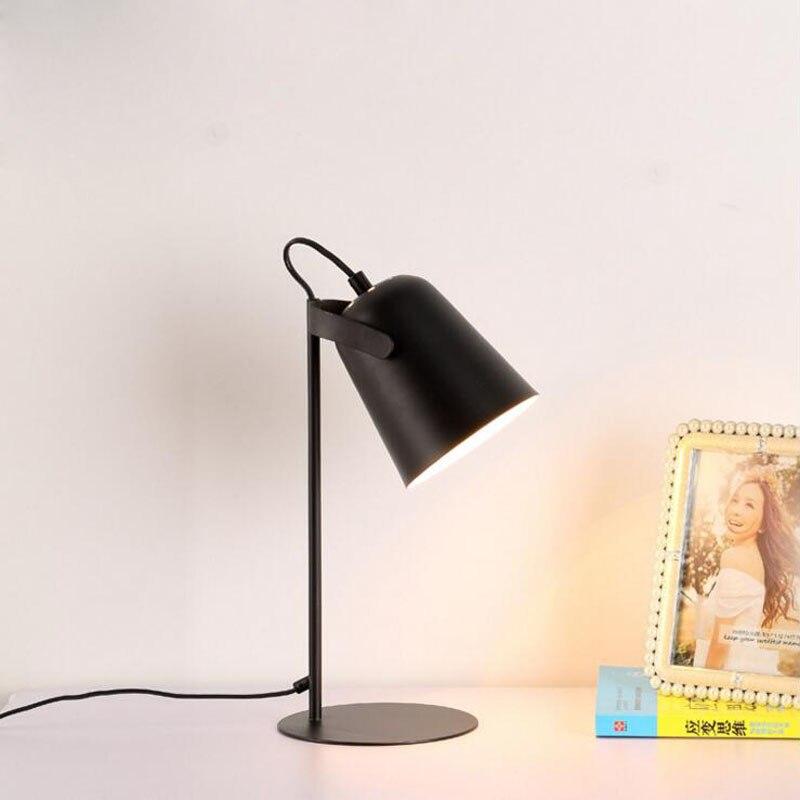 Nordique moderne simple lampe de chevet travail nuit lumière lecture apprentissage créatif LED protection des yeux lampe LED luminaire lampes