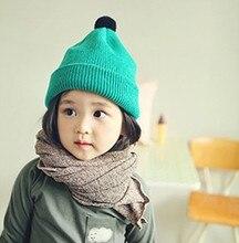 Корейский осенью и зимой детей конфеты мяч Шляпа девочка прекрасный флуоресцентные цвета шерсти милый вязаная шапка оптовая