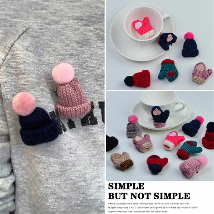 Christmas Brooches For Women Knitted Hat Pins Enamel Pin Clothing Glove Brooch Jewelry Cartoon Brooch Women Dress Shirt Pin