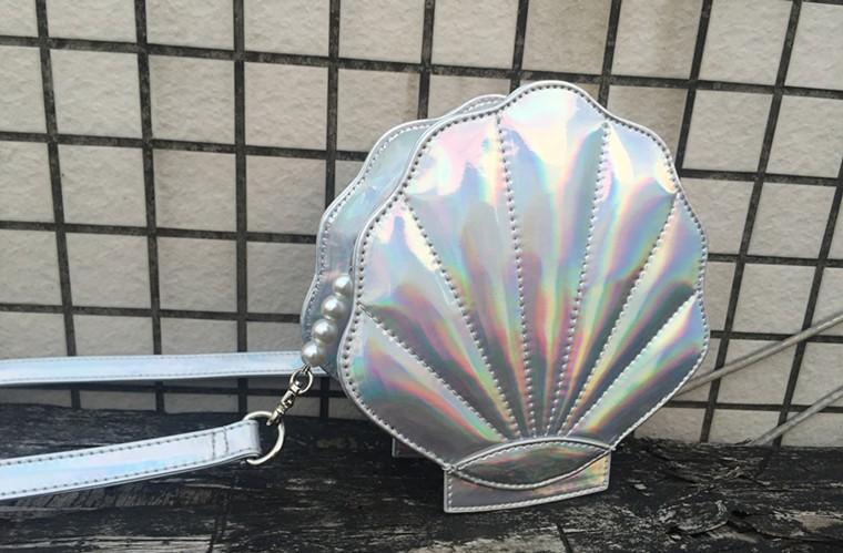 Bolsa Divertida em Forma de Concha Metalizada