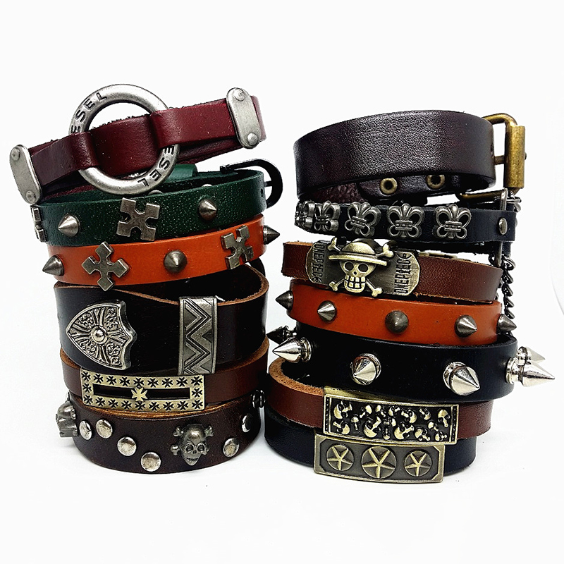 Brand 20pcs pack top men s Genuine Leather bracelets Black and brown punk rock style cuff