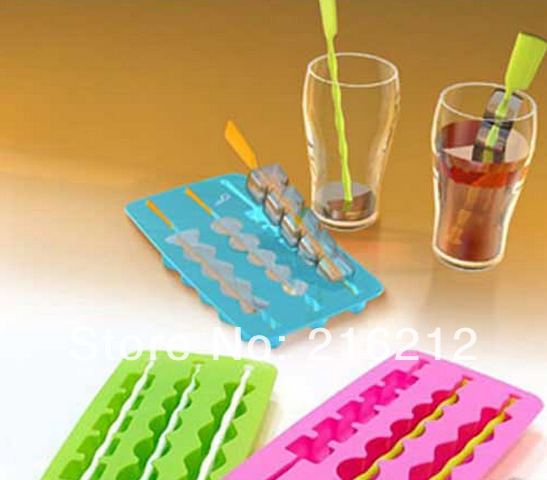 Fashion Hot Silicone Carpenterworm Design Pudding Jelly Cake Ice Mold Cube Tray Color Random