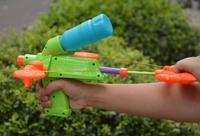 CIKOO Plastic Bow And Arrow Style Wrist Water Gun Outdoor Toy Gun Water Sprinkling Children Outdoor