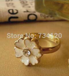 الجملة عيد الميلاد بيع كبير خاتم مجوهرات لون الذهب الوردي Plt SWA عناصر النمساوية كريستال الأبيض المينا زهرة الدائري
