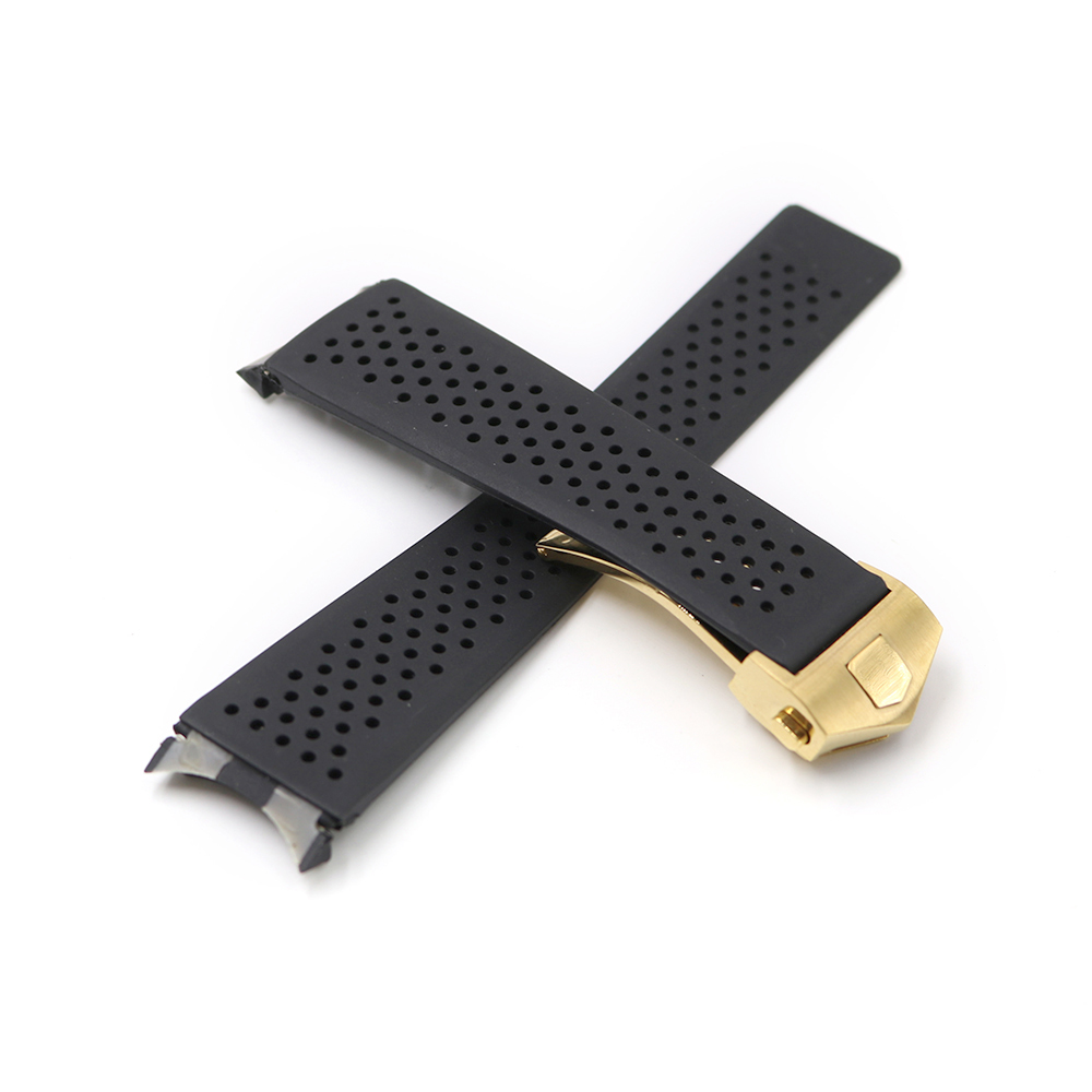 CARLYWET 22 18mm Black Waterproof Silicone Rubber Replacement Wrist Watch Band Strap With Silver Color Buckle in Watchbands from Watches