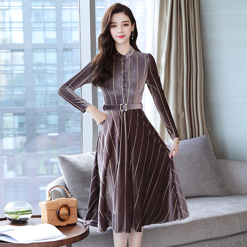 2018 Autumn Winter Plus Size Vintage Midi Dresses Korean Women Gold Velvet Dress  Party Black Elegant Striped Runway Vestidos 9548665438cd