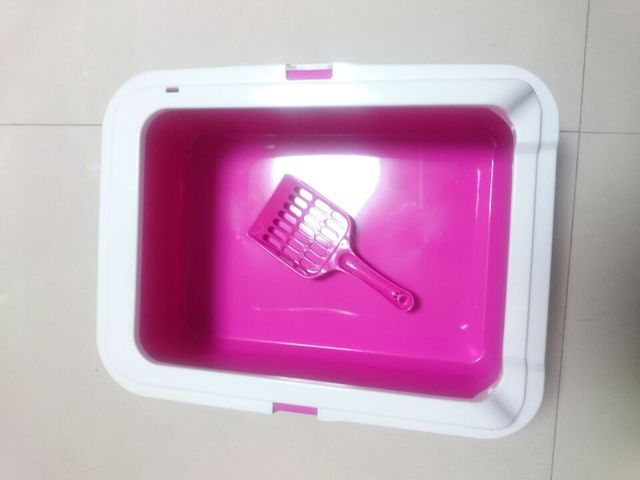 Pink Plastic Cat Litter Box with Scoop