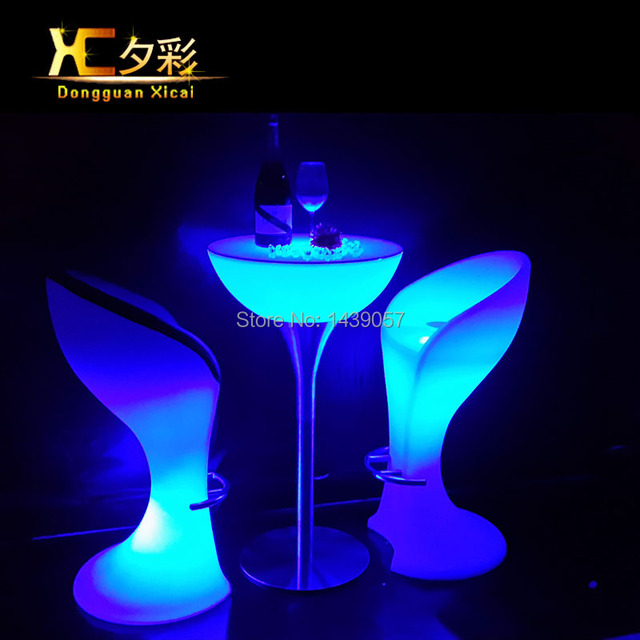 innovative design 882eb af67b Plastic LED Bar Stool Club High Cocktail Chair Waterproof Outdoor Furniture  Wine Drinking Stools-in Bar Chairs from Furniture