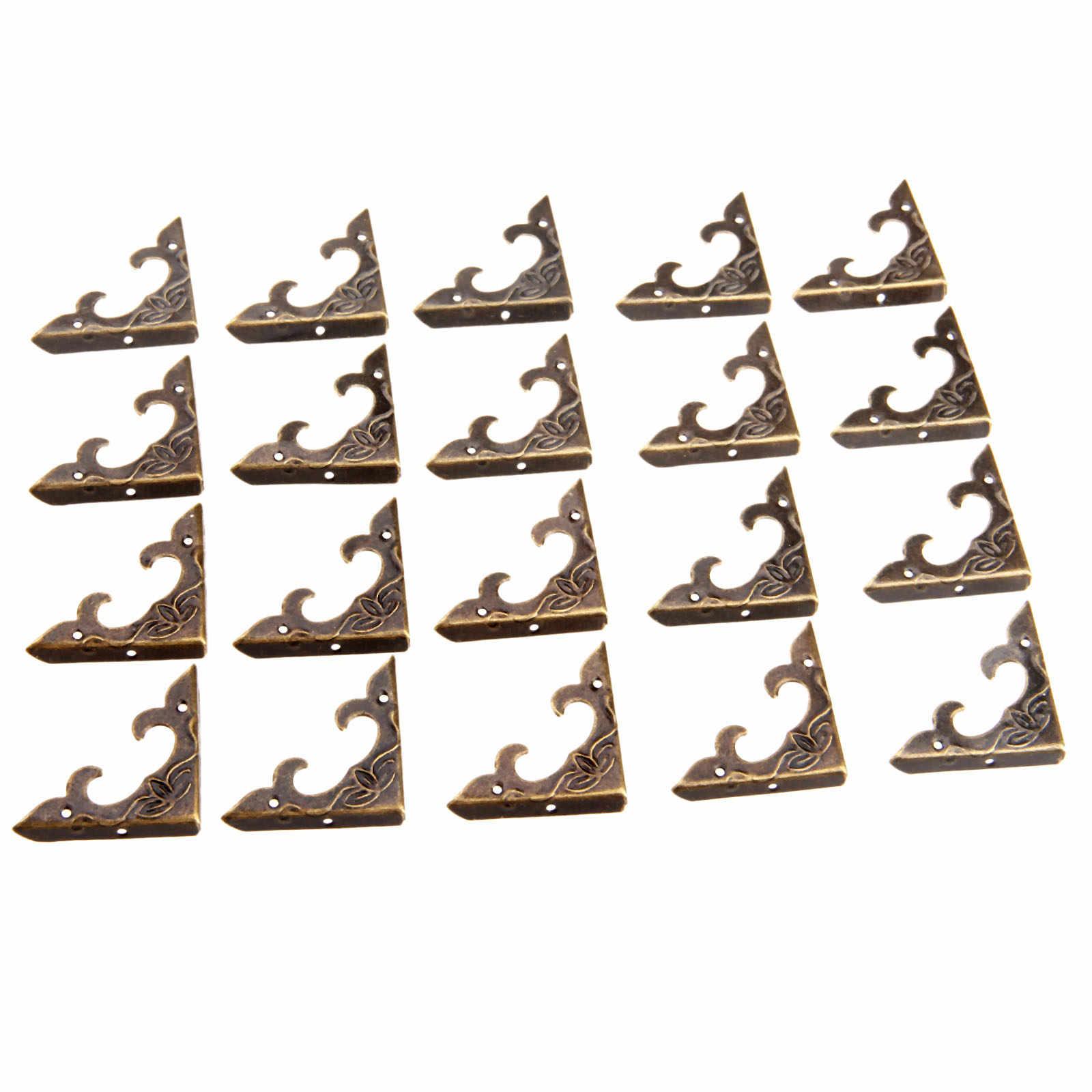20 шт. античная латунь Угловые скобы для мебели Jewelry деревянной подарочной коробке случае декоративные ноги ногу металлический Угловой протектор для мебели