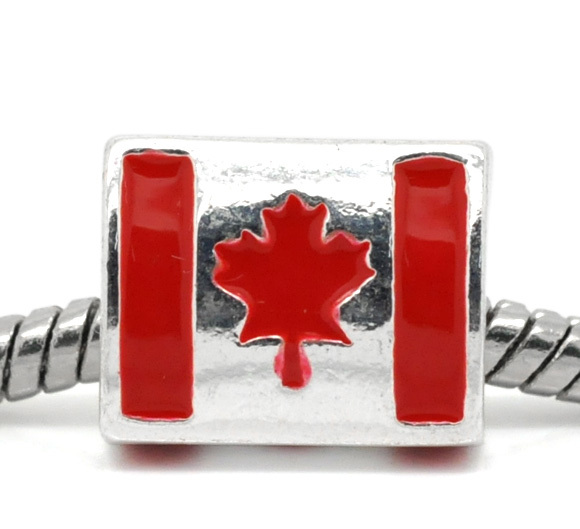 8SEASONS Silver color Enamle Triangle Shape Canada Flag Charm Beads Fit European Charm 12x10mm,sold per packet of 10
