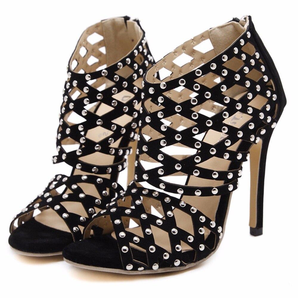 ФОТО 2017 Summer Sexy Girl  Rome Style Black hollow out Rivets Zipper Thin High Heels Women Sandals Peep Toe Woman Wedding Shoes