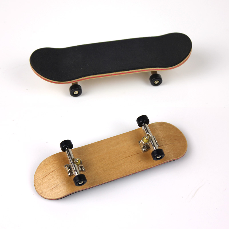 Novelty Toy Blue Bearing Wheels Skid Pad Maple Wood Finger Skateboard Alloy Stent Bearing Wheel Fingerboard Cute Toys
